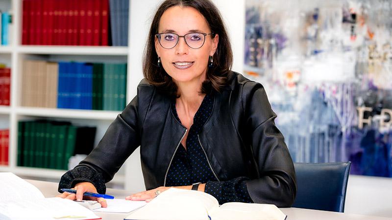 Dr. Ulla Reisch